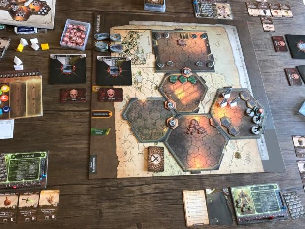 Gloomhaven_gameplay